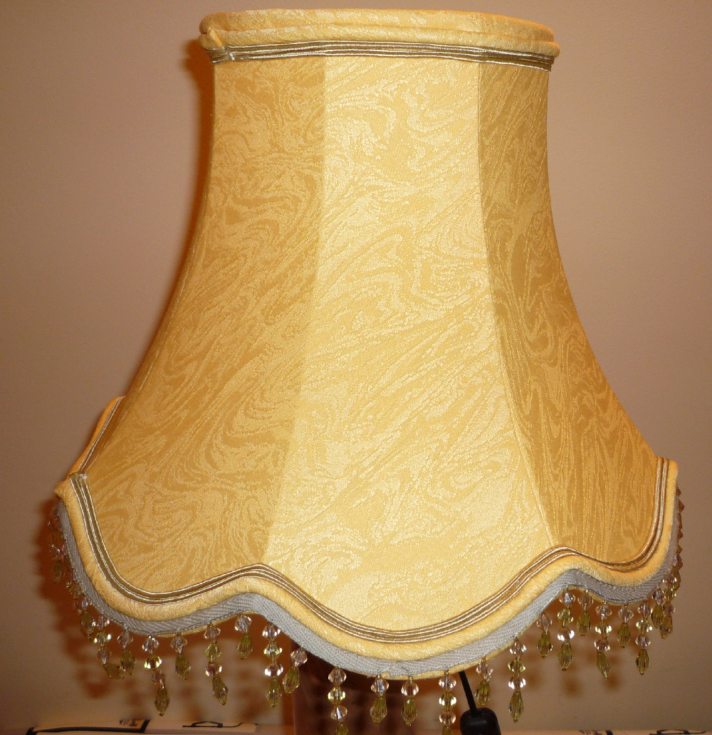 pagode tissu damass jaune doubl les abat jours de zaza. Black Bedroom Furniture Sets. Home Design Ideas